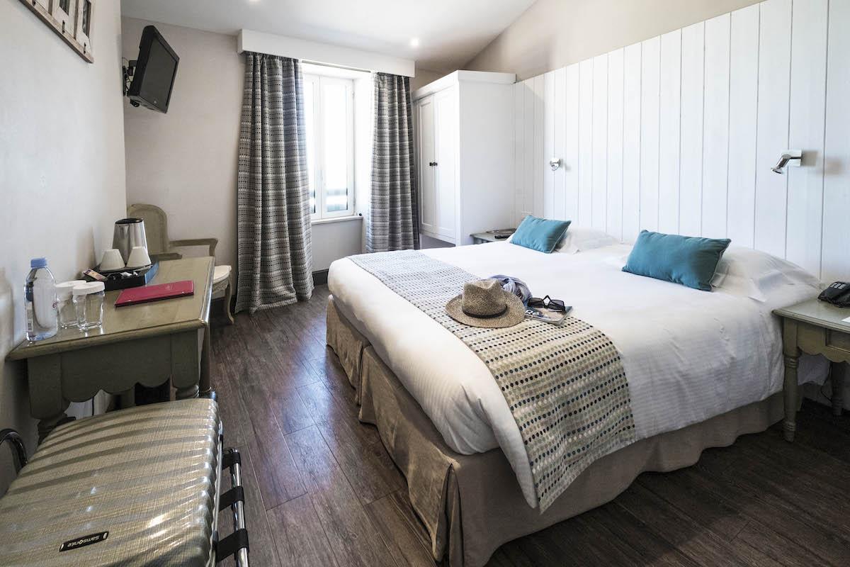 Hotel de La Marée - Hotel 3 étoiles de charme - Ile de Ré - chambre superieure sur l'Ile de Ré face mer