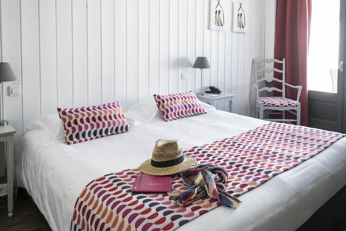 Hotel de La Marée - Hotel 3 étoiles de charme - Ile de Ré - chambre superieure sur l'Ile de Ré jardin piscine