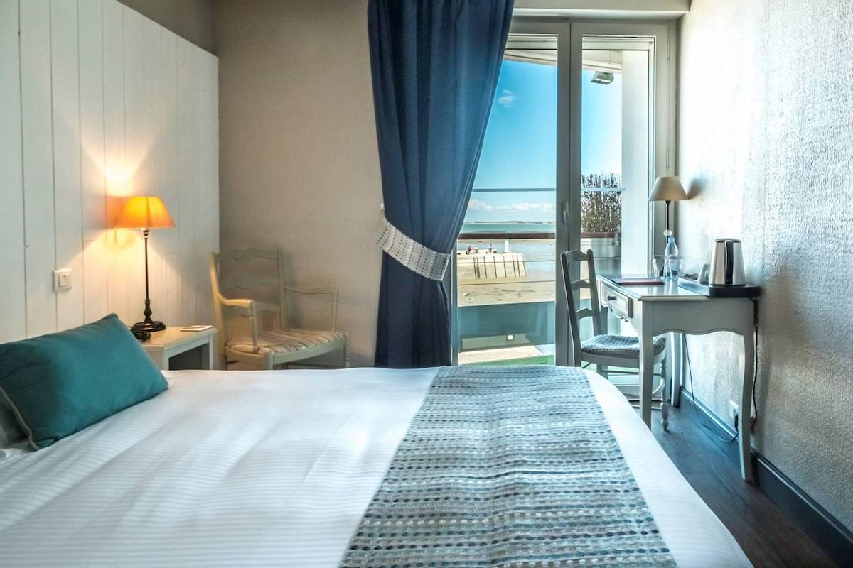 Hotel de La Marée - Hotel 3 étoiles de charme - Ile de Ré - chambre superieure sur l'Ile de Ré face mer balcon