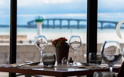 Hotel de La Maree, Hotel de charme 3 etoiles sur l'Ile de Ré - Offres et forfaits Restaurant Le M